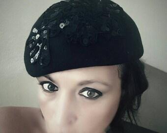 Black party hat