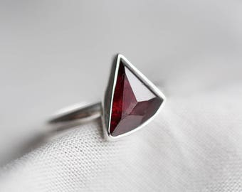 size 9.5 - sparkling deep red garnet gemstone ring. sterling silver. natural faceted dark red gem jewelry. january birthstone