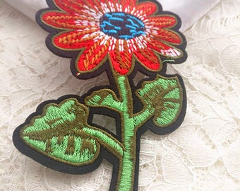 Wholesale bulk lot   2pcs large sunflower  sun flower  embroidered iron on patch   kids apparel 7.8x13cm 3x5inch