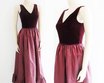 Vintage Ballgown, UK8, Silk Dress, Maxi Dress, Eveningwear, Velvet Dresses, Women's Vintage, Vintage Dress, Vintage Clothing, Dresses