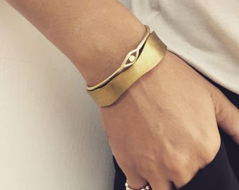 Bracelet Set, Stacking Bracelets, Set of 2 Bangle Bracelets, Brass Bangles, Minimalist Bangles, Unique Bangles, Bangle Bracelet Set