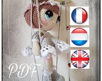 """PDF pattern tutorial """"Re-grouped on his swing"""" available in French, English and Dutch"""