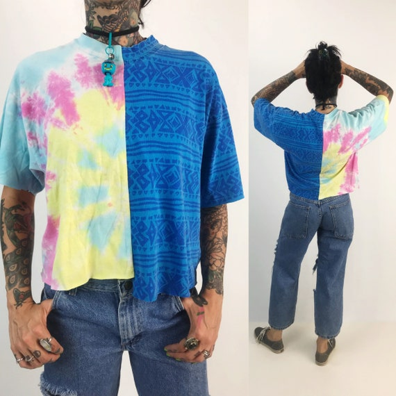 90s Reconstructed Vintage Cropped T-shirt Medium - Remade Mixed Prints Weird Rare Cropped Tee - Split Hybrid Trendy Half & Half Tee Shirt