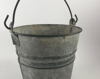 Vintage Small Farmhouse Galvanized Berry Bucket