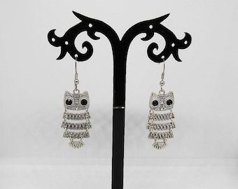 Silver metal OWL earrings