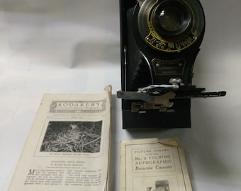 Vintage 1910 No.2 folding autographic camera (this has instructions/pamphlets)