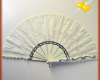 Engagement wedding lace hand fan, spanish hand fan, hand painted fan, folding wooden hand fan, gift for wedding, white lace hand fan for her