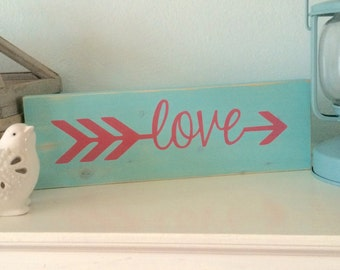 Arrow love sign, distressed love sing, Valentines day sign, Valentines love sign