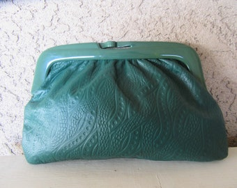 80s Green Leather Clutch Bag, Frame Leather Bag, 1980s Embossed Leather CLutch Purse, Tooled Leather, Makeup COsmetic Bag