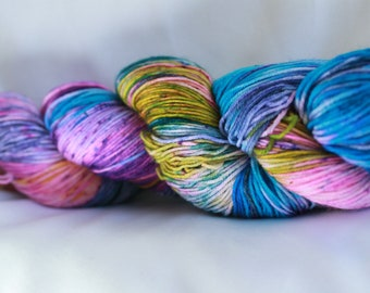 RAINBOW LOOM Speckled super wash merino nylon sock 100 grams 463 yds 75, 25