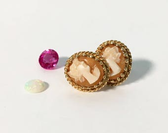 Vintage 14K Gold Cameo Carved Shell Earrings - Oval Cameo Post Earrings