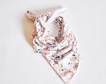 Printed Scarf in Confetti Rock Pattern