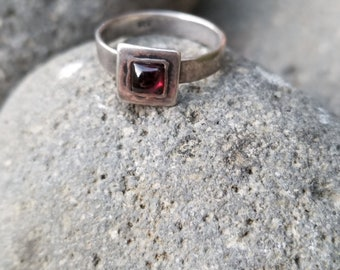 Minimalist Sterling Silver and Red Stone Ring