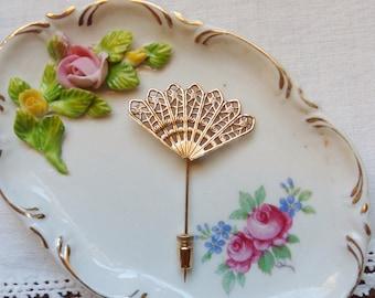 Gold Hand Fan StickPin