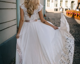 SALE!Ivory wedding gown, with lace top, belt and lace details