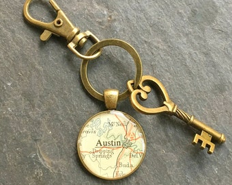 Austin Keychain Bronze with Ring Swivel Clasp and Key Texas Vintage Map