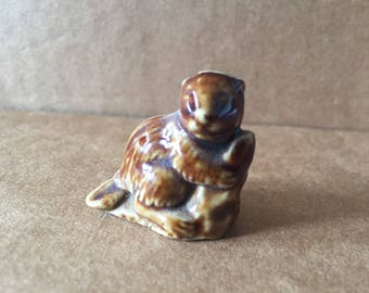 Wade England Red Rose Whimsies Porcelain Figurine Beaver