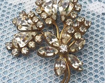 Vintage Rhinestone Brooch, Vintage Floral Rhinestone Brooch, Vintage Gold Pin, Vintage Gold Brooch, Rhinestone Crystal Pin, Vintage Jewelry
