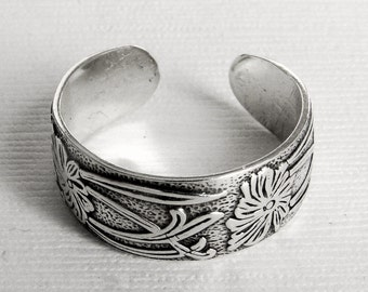Sterling Silver Pattern Toe Ring or finger ring, any size, silver ring, pattern ring