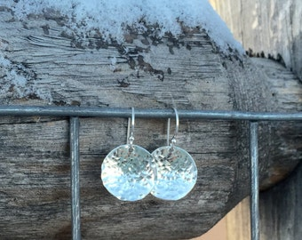 Pretty hammered sterling silver drop/dangle earrings, handmade sterling silver earrings, silver dangle earrings, silver drop earrings