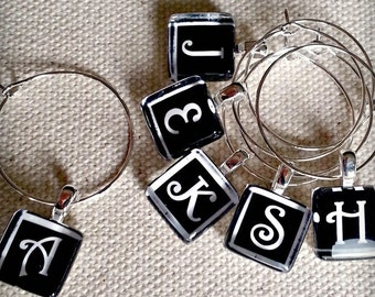 Personalized Monogram Glass Wine Charm Favors - Choose your colors - Great for House Warming, New Couple, Just Married, Wedding Reception