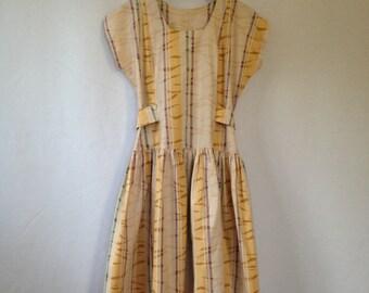 1980s cap sleeved full skirt dress