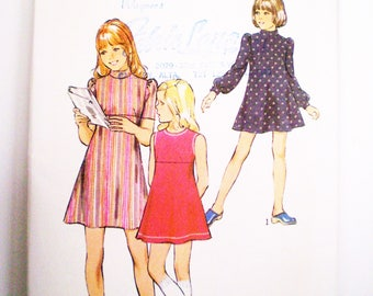 Retro 1970s Girl's Dress Pattern Style 4018 Size 8 - fitted bodice, A-line skirt, back zipper, fitted, puffed sleeves, sleevless, mini dress