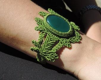 Onix. India. Macrame. Green hope. Indian Crystal.