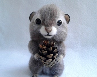 Needle Felted Chipmunk, Wool animal sculpture, Miniature animal, Home decor, Soft sculpture, Eco toy, Gift