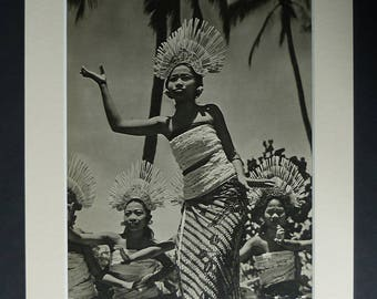 1940s Antique Dancing Print, Balinese Dance Decor, Available Framed, Bali Art Indonesia Picture Hindu Gift for Dancer Photography Indonesian