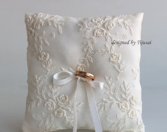 Out of stock -Vintage style lace wedding ring bearer pillows-ring bearer, ring cushion, ready to ship