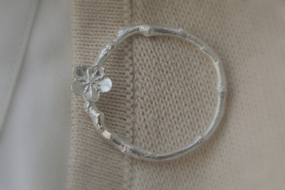 Twig Branch & Flower Circle Sterling Silver Brooch Spring Fashion under 100 Twig Jewelry