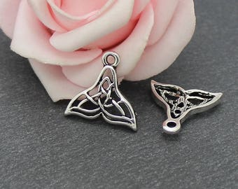 x 4 charms in antique silver BR684 whale tail
