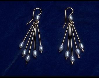 14 K goldfilled freshwater pearl 5 dangle earrings