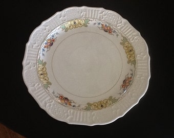 Vintage round 15 inch Washington Colonial serving platter ornate serving dish & SOLD American flag Adirondack chair