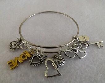 Heart Charm Bracelet,  Heart dangle bracelet, stackable, Valentine's Day, Easter, Gift for her