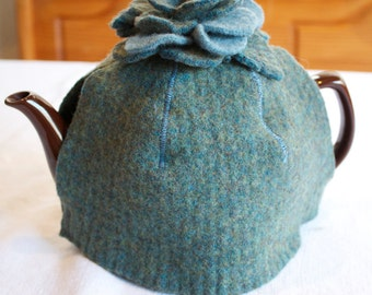 Tea cozy from felted wool sweaters