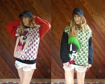 Looney Tunes Reversible Graphic Pullover Sweatshirt - Vintage 90s - OS