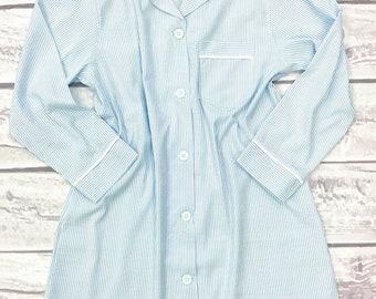Monogrammed Blue Seersucker Lounge Sleep Shirt / Personalized Sleep Shirt / Long Seersucker Sleep Lounge Shirt / Preppy Sleep Shirt / Gift