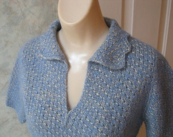 VINTAGE blue grey heathered sweater, fuzzy light blue short sleeve sweater, scalloped collar heathered blue hand made sweater top sz Sm