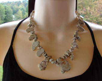 Howlite slab bead necklace, howlite nugget necklace