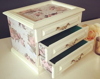 Vintage antique white and rose jewelry box -upcycled