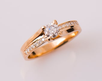 Twist Engagement Ring, 14K Rose Gold Engagement Ring, Unique Diamond Rind, Modern Diamond Ring, Twisted Diamond Ring, Unique Engagement Ring