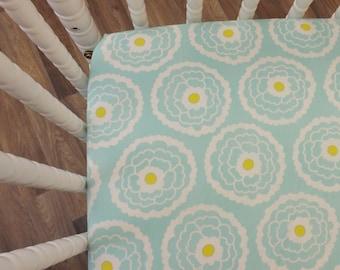 Crib Sheet- Baby Sheet- READY TO SHIP--Mint Floral Crib Sheet- Fitted Crib Sheet- Girl Crib Sheet