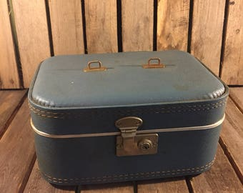 Small Blue Vintage Makeup Box