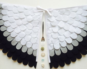 Seagull Wings // Seagull Costume // Scuttle // Soft Flappable Wings // Handmade // Tree + Vine