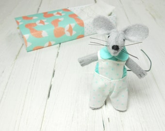 Hand made dolls felt mouse stuffed animal gift for kids mouse in a matchbox gift daughter kids gift red plushie mouse turquoise