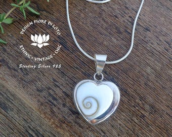 Seashell and Sterling Silver Pendants, Heart Seashell pendant, Gift for Mum, Romantic jewelry, Wedding jewelry, Heart shaped silver necklace