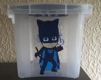 box storage with lid with drawing pyjamasque 10 L