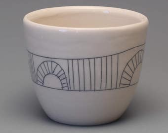 Black & White Tea Cup